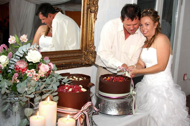 Cutting your cake