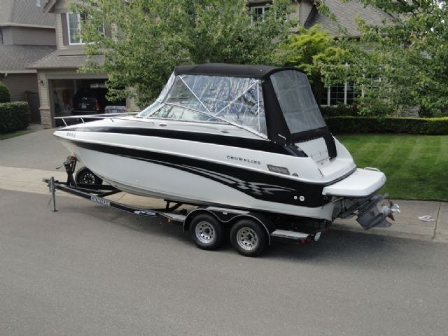 23 feet  2001 Crownline 230 CCR Cuddy Cabin , White on Black, 380 hours for sale in Sammamish, WA