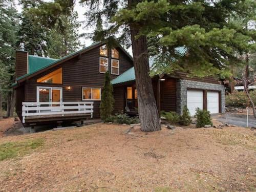 Kimball Dog Friendly Rental Agate Bay (California) Kimball Dog Friendly Rental offers pet-friendly accommodation in Carnelian Bay. The unit is 40 km from Reno. Free private parking is available on site.  The kitchen has an oven and there is a private bathroom.