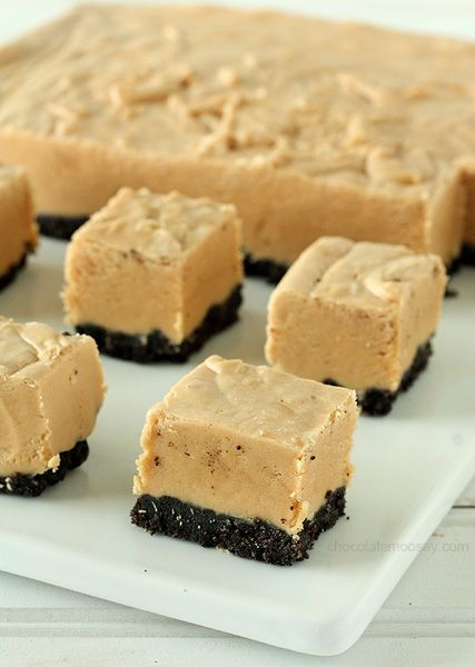 Easy creamy six ingredient peanut butter fudge with an Oreo cookie crust will satisfy even the sweetest sweet tooth.