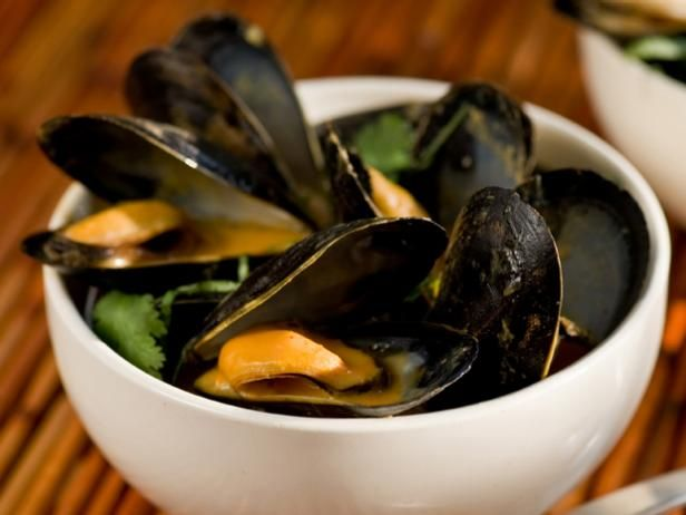 Get Bobby Flay's Thai Red Curry Mussels Recipe from Food Network