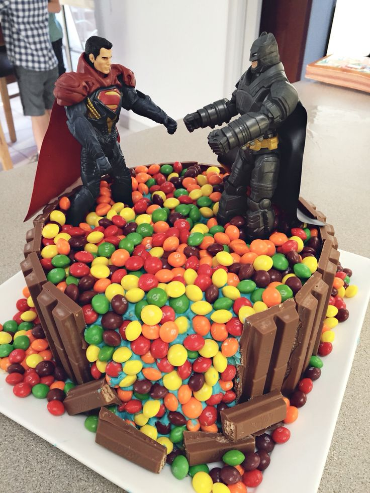 Batman vs superman birthday cake