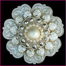 Gorgeous - Wedding Cake Brooch Decoration