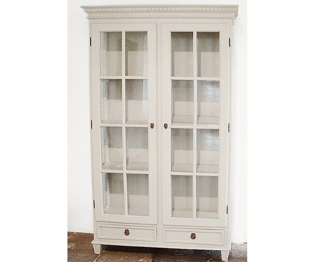 Cupboard in Gustavian Vitrine style (item no: 1345). Visit our homepage for more information and to view all your finish & fabric options. /SWSC