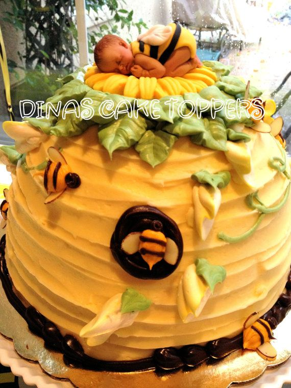 Bumble BEE On A Daisy Flower FONDANT BABY Cake Topper