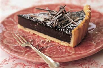 This mocha tart looks so rich but oh so heavenly!