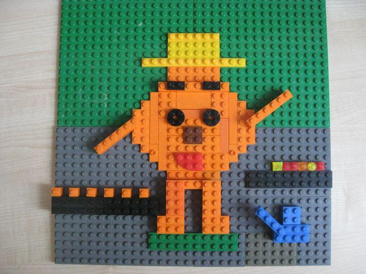 ЛЕГО мозаика, «Копатыч в огороде», работа Яворского Лёни, 6 лет