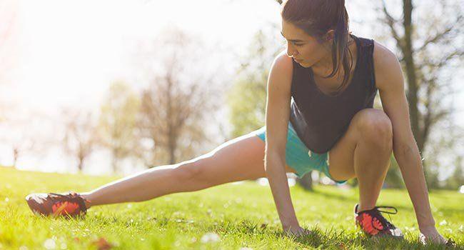 Pour maigrir des cuisses, il est important d'adopter une alimentation équilibrée… mais pas que. Plusieurs sports pour maigrir vous aideront à mincir et à perdre des cuisses vite. Alors si vous souhaitez mincir des cuisses rapidement, découvrez les cinq sports à privilégier: la course à pied, la natation, le flamenco, le Pilates et la corde à sauter!