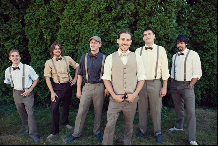 Ok, so i typically prefer the more traditional wedding attire, or more of a country feel, but I absolutely LOVE these vintage groom clothes. Maybe one day I'll talk my future husband and his buddies into it :D