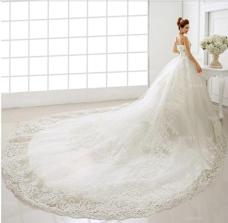 Ogromna suknia ślubna