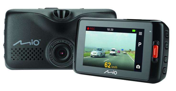 Met deze Mio MiVue 608 dashcam heb je duidelijk bewijs in geval van ongevallen. De dashcam registreert elke minuut van je reis in Full HD-kwaliteit bij 30 fps, zodat je de opname hebt als bewijs van wat er werkelijk is gebeurd. De Mio MiVue 608 filmt met een 140 graden groothoeklens, zodat er zoveel mogelijk van de verkeerssituatie in beeld komt. Ook bij omstandigheden met weinig licht maak je goede beelden.  http://www.kofferopdak.nl/a-41301817/dashcams/mio-mivue-608-2-sd-slots-dashcam/