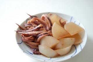 Simmered Squid and Daikon いか大根の煮物