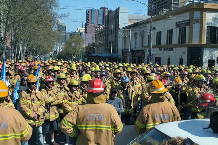 United Firefighters are rallying against the Napthine government's $66million in cuts.