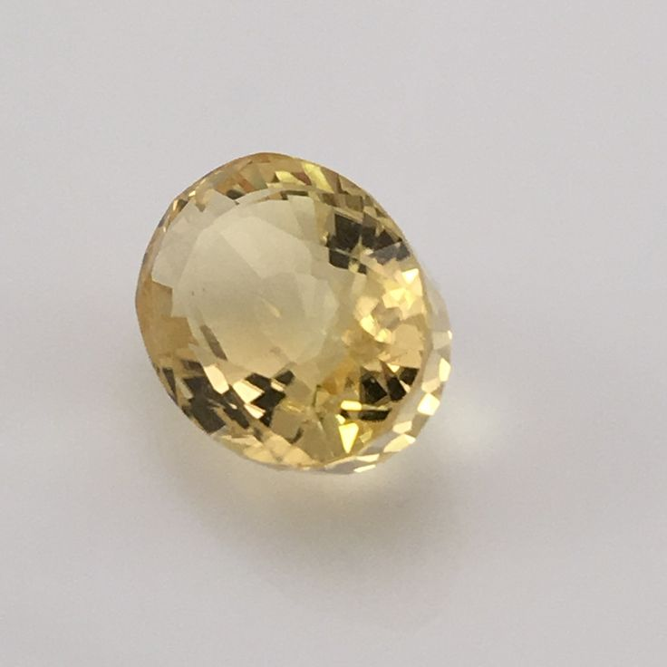 4 8 carat yellow scapolite gemstone gemstones the o