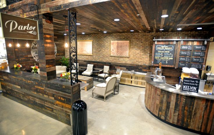 A Grocery Store Cafe Adds Ambiance With Reclaimed Wood