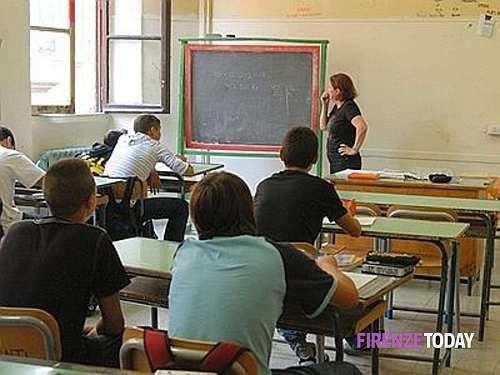 Toscana: #Campi #Bisenzio #cade l'intonaco a scuola: chiusa la Vamba (link: http://ift.tt/2o0pluD )