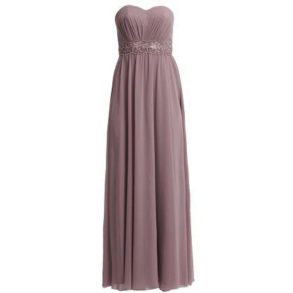 Brautjungfern in Altrosa sind einfach super romantisch! Dieses wunderschöne #Kleid von #Laona begeistert mit seinem tollen Schnitt. ♥ ab 169,95 ♥