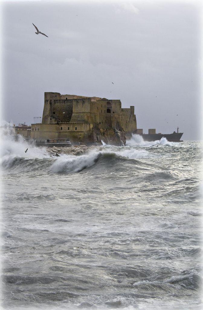 Castel dell'Ovo - Naples