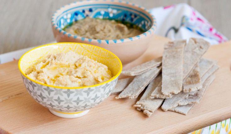 Piadina al grano saraceno con hummus misti