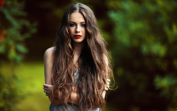 Long wavy hair for summer