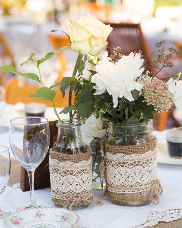 tischdeko hochzeit ideen blumen vasen marmelagengläser juteband spitze