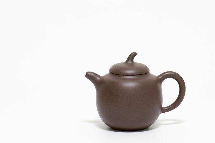 Yixing Zisha Teapot #yixing #zisha #yixingzisha #yixingteapot #zishateapot #hanwa #zini #yixingcrew #kungfuteapot #kungfutea #teatime #tea #china #chinesetea