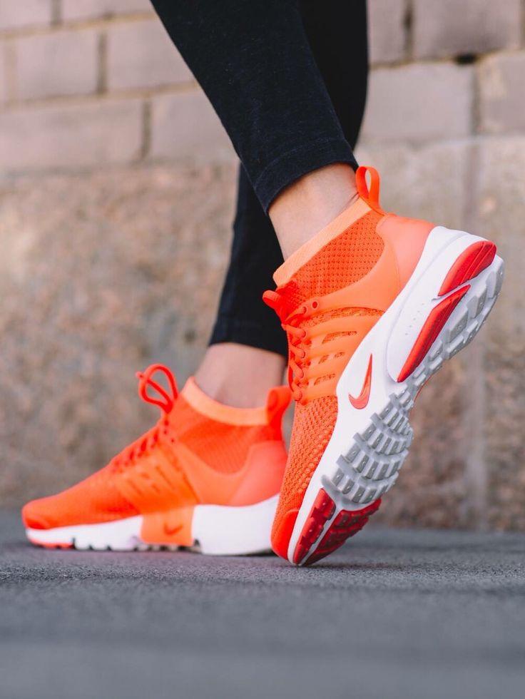 Nike Air Presto Flyknit: Orange