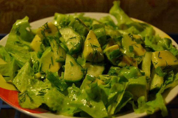 Салат с авокадо без майонеза