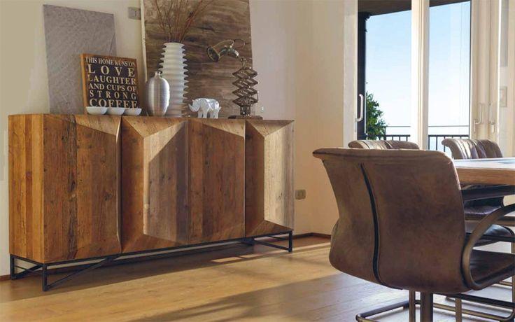 Aparador especial de madera maciza. Estilo industrial para salones, industrial living. #living Consigue un rústico moderno.