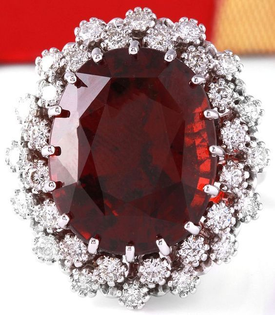 ESTATE 20.31CTW NATURAL HESSONITE GARNET AND DIAMOND RING IN 14K WHITE GOLD