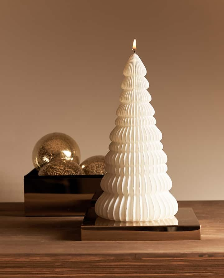 Image Of The Product Fir Tree Shaped Candle Fir Tree Candle Shapes Candle Decor