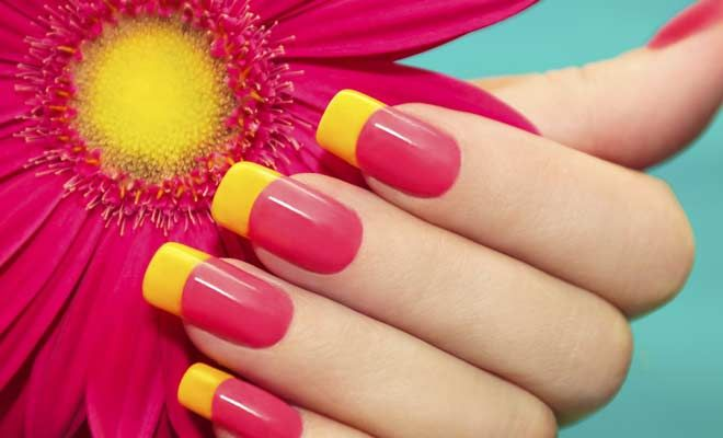 PLAIN NAILS AND NAIL WRAP COMBINATIONS  Plain Nails And Nail Wrap Combinations Take the lively colors of spring to your nails, keeping up with this season's nail color trends will do but, to stand out, you may want to call in artistic help from nail wraps. Simply give your nail a base coat. Stick in the nail wrap. Then, seal with top coat to protect your lacquer and print.