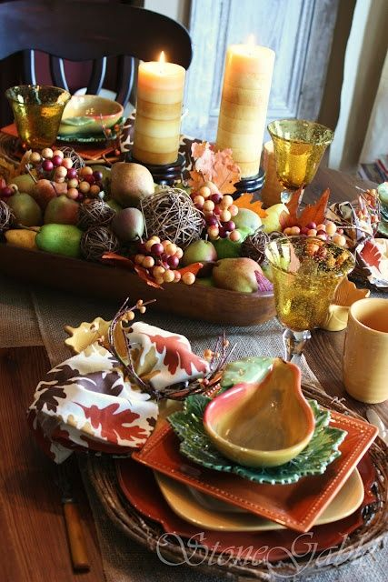 Fall tables apes | Classic fall tablescape | Tablescapes