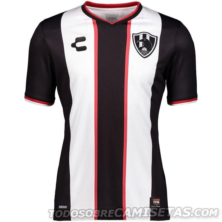 Jerseys Charly Futbol de Club de Cuervos Temporada 3