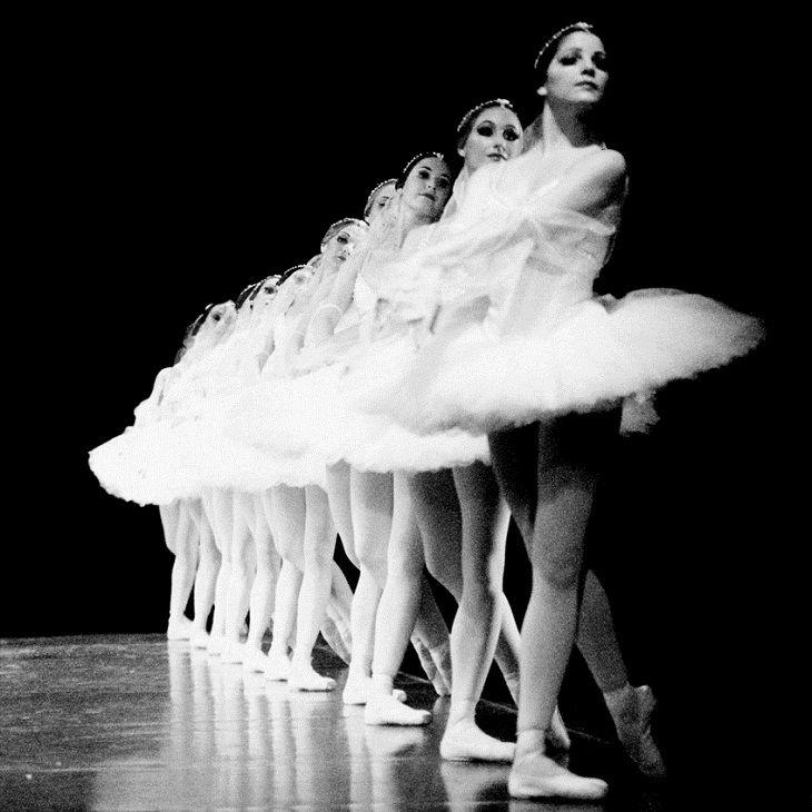 Artists of The Australian Ballet inLa Bayadère, 1987. Photo by Branco Gaica.