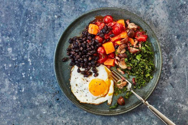 Huevos Rancheros? Ei met bonen en tomaat, bedoelen we daarmee. Viva la Mexico! - Recept - Allerhande