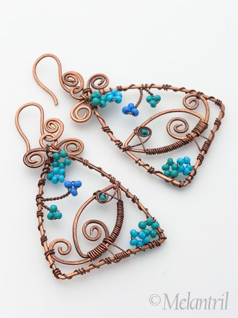 Bird´s sonata earrings by Melantril, via Flickr   #wirework