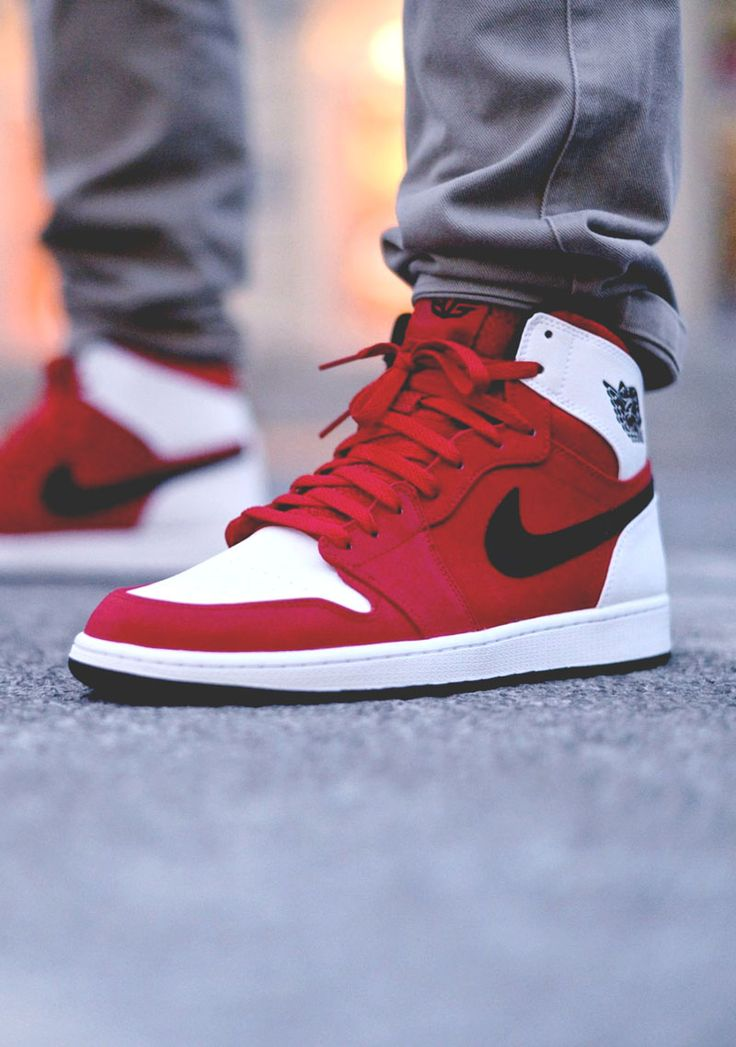 NIKE Air Jordan 1 High Retro 'Blake Griffin'