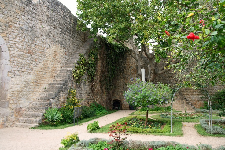 TAVIRA CASTLE -  Stroll in the gardens or walk along the top of the walls to see a spectacular view of the city.  http://bit.ly/I70WGD