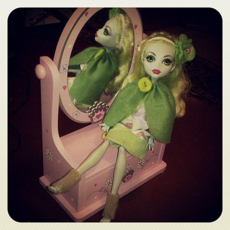 Monster High Lagoonablue in her new felt coat + hair band