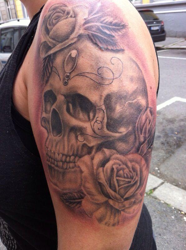 Feminine Skull Tattoos