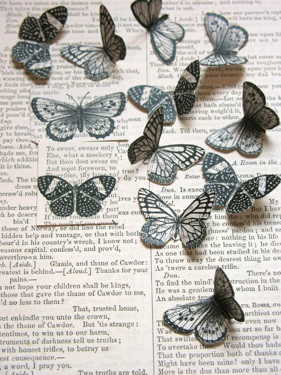 The great Poppytalk blog features DIY projects, decorating inspiration and lots of excellent posts on creative ideas and people.Crafts Ideas, Old Book Pages, Book Sculpture, Vintage Book, Art, Butterflies Freebies, Prints, Old Books, Paper Butterflies