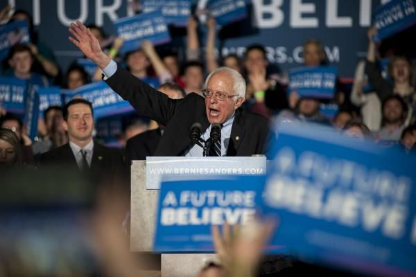 Sen. Bernie Sanders will hold a rally in Kentucky Sunday and ask voters to put pressure on Sen. Mitch McConnell to oppose the Republican health care plan.