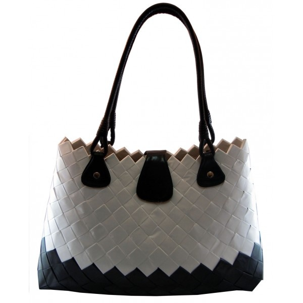 Tote Bag, EcoChic line, created handfolded candy wrappers Borsa Ecochic Brucle realizzata a mano con carte di caramelle
