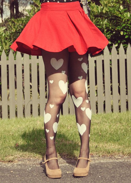 Diy Heart Print Tights  *these are so cute!! I wanna make them!!