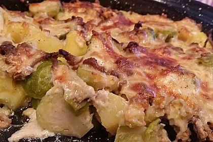 Kartoffel - Rosenkohl Auflauf, ein gutes Rezept aus der Kategorie Gemüse. Bewertungen: 97. Durchschnitt: Ø 4,4.