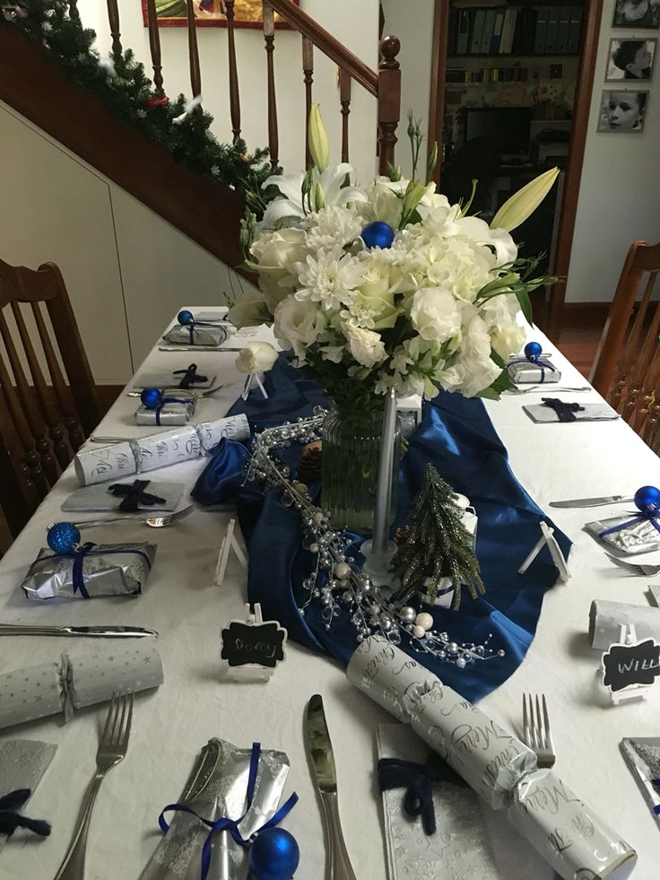 Blue, white and silver theme 2015