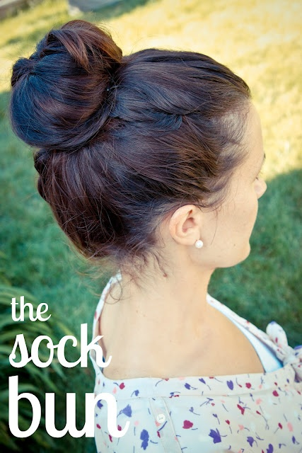 the winthrop chronicles: the sock bun: Hair Ideas, Hair Stylesbeauti, Beautiful, Hair Stylestutori, Hair Stylestipswomen, Socks Buns, Winthrop Chronicles, Bought, Sock Buns