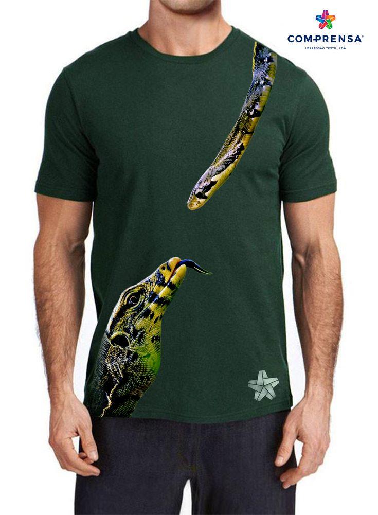 "T-shirt green from Com-Prensa, features a round neck, short sleeves with a print ""Friends"".  #comprensa #model #fashion #manufacturer #design #company #textile #portugal #jersey #fleece #cotton #bio #sublimation #screenprinting #digitalprint #laser #photoprint"