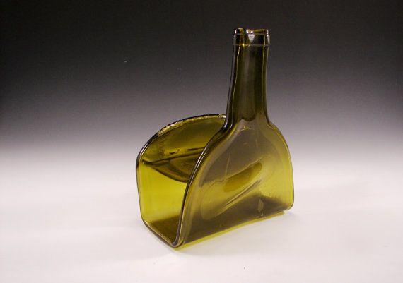 Geschmolzene Weinflasche Serviettenhalter